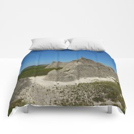 The Beauty Of A Rough Country Comforters