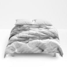 Ropes black and white macro Comforters