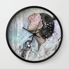 Loves me, loves me not Wall Clock