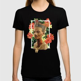 Queen Nefertiti 2 T-shirt