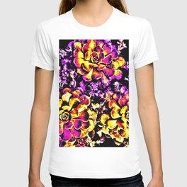 Purple Yellow Flower Plant, Pop Art T-shirt
