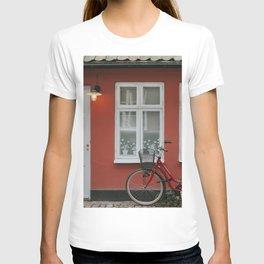Red Bike in Malmö T-shirt
