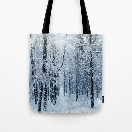 Winter wonderland scenery forest  Tote Bag