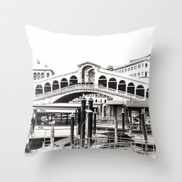 Ponte di Rialto (Rialto Bridge) Throw Pillow