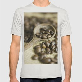 Old coffee beans spoon T-shirt