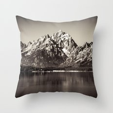Nature Landscapes - Black and White Oxbow Bend Grand Tetons National Park Throw Pillow