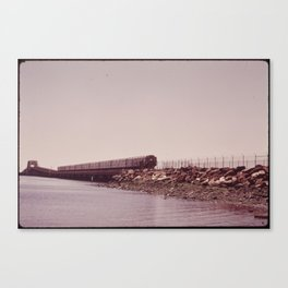 NEW YORK SUBWAY IS ABOVE GROUND WHEN IT CROSSES JAMAICA BAY AREA Canvas Print