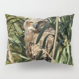 Among the daffodils Pillow Sham