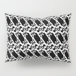 Strict pattern of white squiggles and black ropes on a monochrome background Pillow Sham