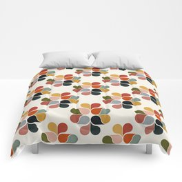 Retro geometry pattern Comforters