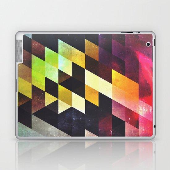 syxx-bynyny Laptop & iPad Skin