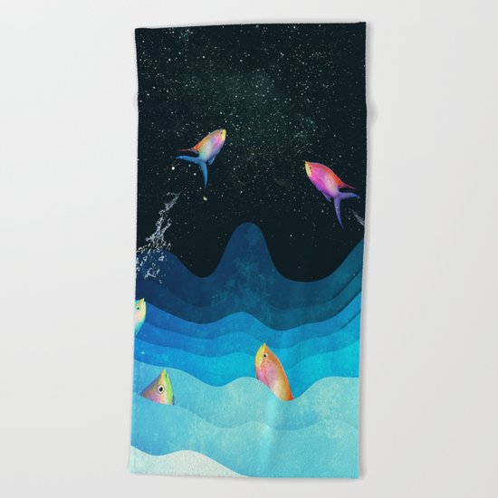 Come to reach the stars Beach Towel