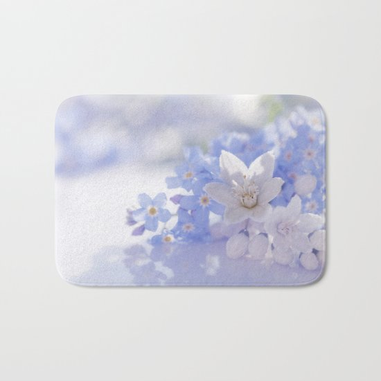 Queen and court- Springflowers in blue and white - Stilllife Bath Mat