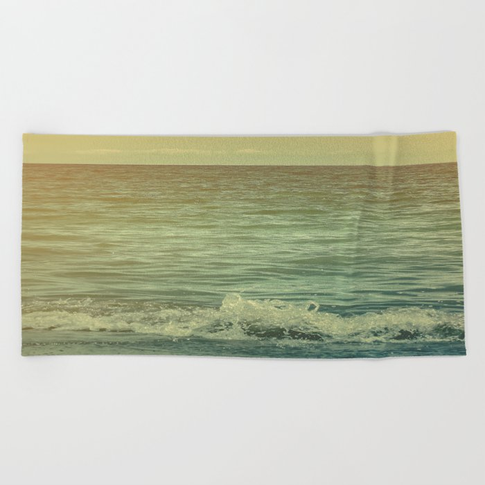 In The End, I Will Come Back For More  Beach Towel
