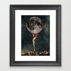 Mujer Amapola Framed Art Print