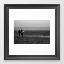 surfer couple Framed Art Print