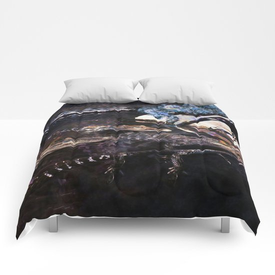 Falling Alligator Tank Of The Funky Newcomer Comforters