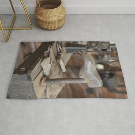 Cobblers Anvil Rug