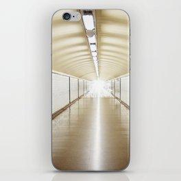 Diego de León iPhone Skin