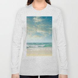 beach love tropical island paradise Long Sleeve T-shirt