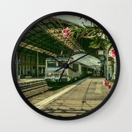Avignon Electric Wall Clock