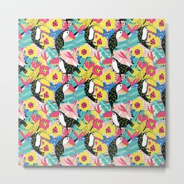Toucan floral pattern Metal Print