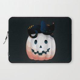065 - tired kitty on the Halloween pumkpin Laptop Sleeve