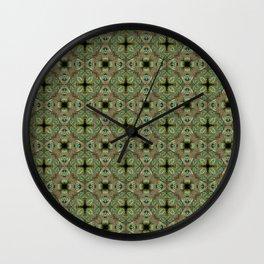 FREE THE ANIMAL - PAVÃO Wall Clock