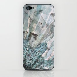Beauty and the thief iPhone Skin