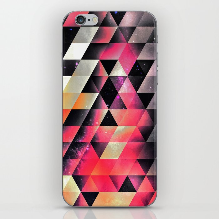 fyrlyrne fyyrth iPhone Skin