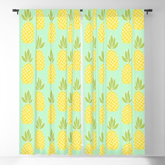 Pineapples by southerlydesign