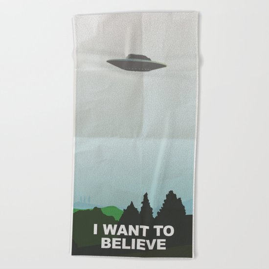 i want to belive! Beach Towel