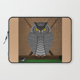 owl playing billiards Laptop Sleeve