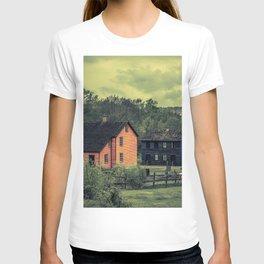 Historic Miners Village Coal Mining Town Pennsylvania Eckley Rural Living T-shirt