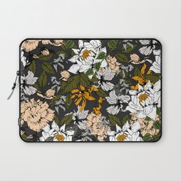 Blooming in autumn I Laptop Sleeve