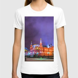 Moscow Manege Square, Museum Of Russian History, The Kremlin At Winter Night T-shirt