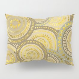 Circular Ethnic  pattern pastel gold and beige Pillow Sham