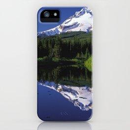 Montaña de Nieve iPhone Case