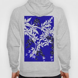 LEAF AND TREE BRANCHES BLUE AD WHITE BLACK BERRIES Hoody