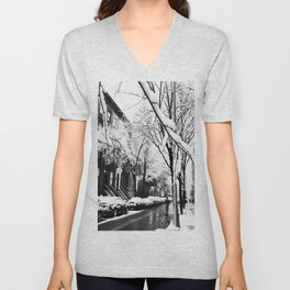Black and White Photo of the Beautiful Brooklyn Heights covered in icy snow Unisex V-Neck