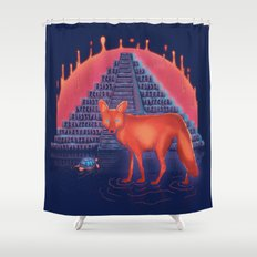 Viaje Misterioso Shower Curtain