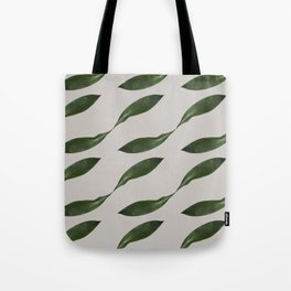 Delicate Retro Leaf Pattern Tote Bag