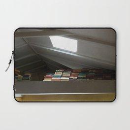 Read a book Laptop Sleeve