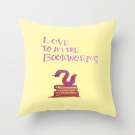 bookworm love Throw Pillow