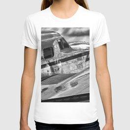 Douglas DC-3 Dakota Lockheed Art Deco Airplane black and white photograph / art photography T-shirt