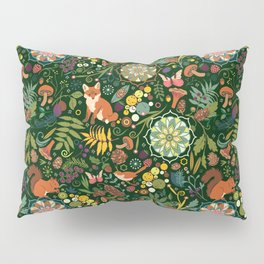 Treasures of the emerald woods Pillow Sham