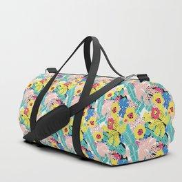 Tropical floral pattern Duffle Bag
