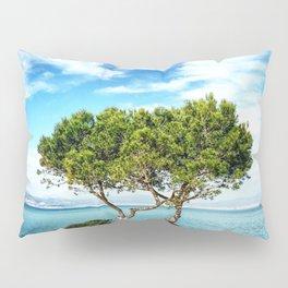 Tree in Focus Pillow Sham
