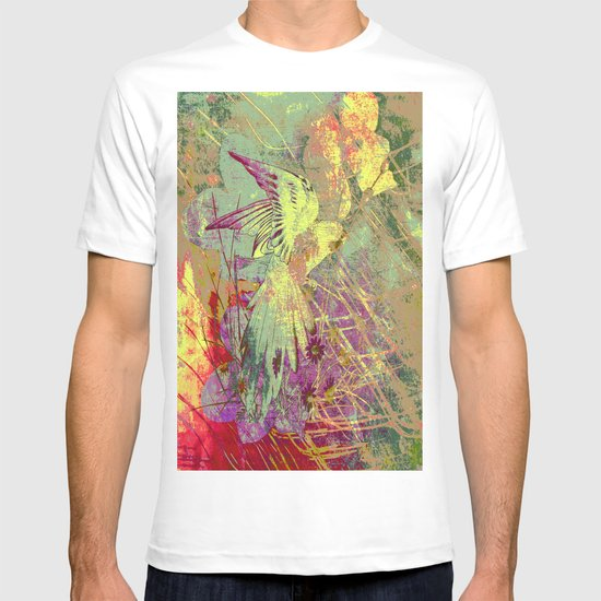 Parrot. On Front Page. T-shirt