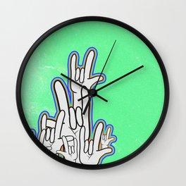 i l y Wall Clock